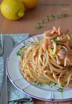 linguine con salmone e limone Fish Recipes, Pasta Recipes, Cooking Recipes, Spaghetti, Healthy Snacks, Healthy Recipes, Food Staples, Italian Pasta, How To Cook Pasta