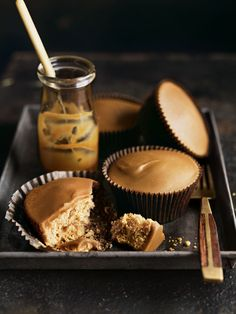 Couldn't go past caramel & fudge! These delicious looking 'Caramel Maple Mud Cupcakes with Fudge Frosting' are by Donna Hay. x debra Cupcake Recipes, Baking Recipes, Dessert Recipes, Beaux Desserts, Just Desserts, Mini Cakes, Cupcake Cakes, Donna Hay Recipes, Fudge Frosting
