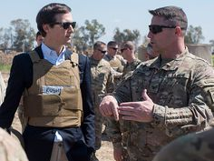 Jared Kushner Omitted Meeting with Foreign Officials on Security Clearance Forms Jo Becker and Matthew Rosenberg report in the New York Times that President Trump's son-in-law and senior adviser Jared Kushner omitted mention of his meetings foreign government officials when he filed his security clearance paperwork. From the New York Times: .tout-mid-article {... http://conservativeread.com/jared-kushner-omitted-meeting-with-foreign-officials-on-security-clearance-forms