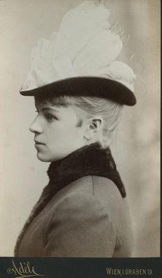 Marie Louise Larisch-Wallersee