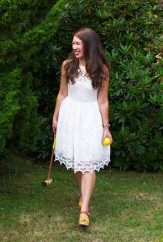 White dress + yellow Lottas