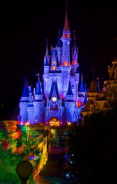 How To Save $2,500+ On A Luxury Walt Disney World Vacation