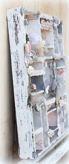 Handmade Altered Vintage Printers Tray. Shabby Chic Prima Tea Thyme. Home Decoration. Wow. So shabby. I'm in love with this one!