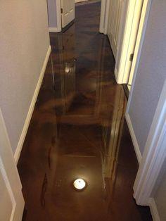 Coffee reflector epoxy floor.