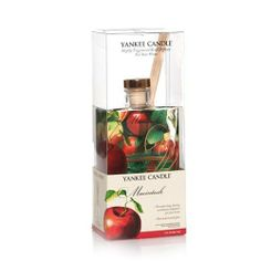 MacIntosh Signature Reed Diffuser by Yankee Candle. $17.40. You can almost hear it crunch - the true scent of crisp, fresh apples - Uplifting. Enjoy America's best loved fragrances for your home in decorative fashion! This attractive reed diffuser continuously delivers the same long lasting, true-to-life Yankee® fragrance ... so vividly real you can almost taste the unmistakable crunch -- as our MacIntosh candles. Plus, the distinctive, hand decorated glass a...