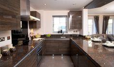 kitchen-interior-attractive-u-shaped-kitchen-with-brown-kitchen-cabinet-and-granite-countertop-also-big-modern-stove-under-silver-chimney-wonderful-u-shaped-kitchen-design-ideas.jpg (JPEG pilt, 2000×1176 pikslit)