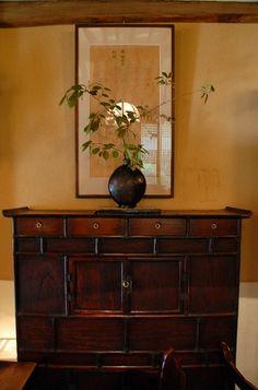 love the wood Decor, Asian Decor, Asian Home Decor, Interior Inspiration, Exterior Decor, Vintage Home Decor, Home Decor, Living Roon, Room Decor