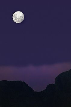 Moonrise by Steve Crane, via Flickr