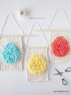 As I continue to 'weave my way' (pun intended 😉 ) through skeins of yarn, I find that I am always learning new weaving tricks and techniques that stretch me – which I am happy to share with all of you. From An Introduction to Weaving to showing you how toDIY a Mini Framed Weaveto [...]