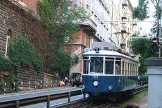 il #tram di #Opicina per andare, insieme alla bici, da #Trieste al #Carso e ritorno!