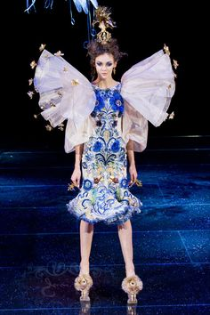 d0c860eef61a Photo Credit  INSTARImages Guo Pei Haute Couture Collections Paris Fashion  Week PFW Runway Spring 2018 Collections Spring 2018 Couture Collections