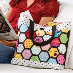 Stained Glass Hexi Tote - A Free Pattern Download