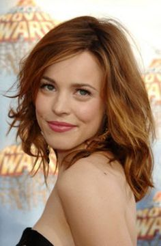 Love Rachel McAdams hair color, goes good with green/hazel eyes! Rachel Mcadams Hair, 50 Hair, Hazel Eyes, Fall Hair, Summer Hair, Hair Lengths, Hair Trends, Hair Inspiration, Short Hair Styles
