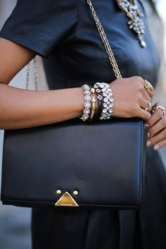 Simple but stylish! (6 images) | GNOSTON — fashion, style and beauty!