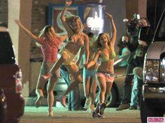 Vanessa Hudgens & Selena Gomez Party for 'Spring Breakers' - Celebuzz
