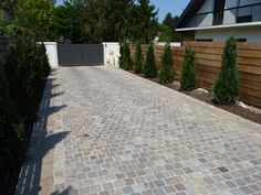 patio ideas on a budget cement Modern Fence Design, Modern Patio, Backyard Patio Designs, Diy Patio, Pool Backyard, Paving Design, Cement Design, Patio Tiles, Parking