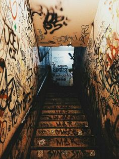 hypebeast Stairway to Grunge Photography, Street Photography, Photo Wall Collage, Picture Wall, Aesthetic Art, Aesthetic Pictures, Whats Wallpaper, Street Art Graffiti, Image Hd