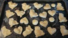 Chicken Broth Dog Biscuit Recipe dog-treat-recipe-s Dog Biscuit Recipes, Dog Treat Recipes, Dog Food Recipes, Puppy Treats, Dog Biscuits, Homemade Dog Treats, Favorite Recipes, Snacks, Beef Broth