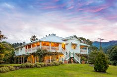 Welcome to Mavis's Kitchen and Cabins at Mt. Warning | Gold Coast | Australia | Destination Wedding Venue