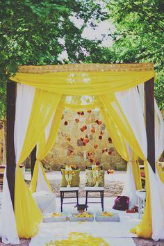 White and yellow. Light, bright and breezy. #wedding #mandap #idea