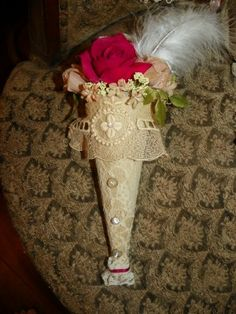 French lace tussie mussie