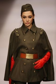 Fashion from China: In ten years from Karl Marx to Karl Lagerfeld - MoFaSig - Military Looks, Military Women, Harajuku Mode, Harajuku Fashion, Military Inspired Fashion, Military Fashion, China Fashion, Fashion Beauty, Womens Fashion