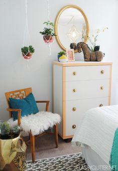 DIY Macramé Hanging Planter - mod mcm chic boho bohemian hippie gold teal white coral bedroom texture shag gilded planters macrame plants inspiration home decor interior design bed dresser