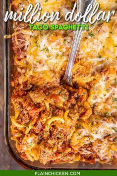 Mexican Spaghetti, Taco Spaghetti, Mexican Pasta, Baked Spaghetti, Spaghetti Recipes, Mexican Cheese, Mexican Dishes, Spaghetti Sauce, Pasta Recipes