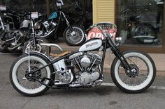 Harley Davidson Motorcycles, Cars And Motorcycles, Bobber Chopper, Cool Bikes, Bobbers, Choppers, Bike Ideas, Vehicles, Cafe Racers