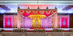 Ideas wedding flowers greenery centerpieces for 2019 Wedding Hall Decorations, Wedding Reception Backdrop, Marriage Decoration, Wedding Mandap, Flower Decorations, Reception Ideas, Telugu Wedding, Aisle Decorations, Decor Wedding