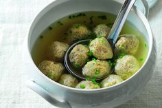 Canederli Dumplings Recipe - La Cucina Italiana Dumpling Recipe, Dumplings, Beef Flank Steak, Italian Pasta Recipes, Stale Bread, Tortellini, In The Flesh, Gnocchi, Celery