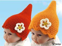 Jetzt eine Babymütze /// Zwergerl-Mütze /// Kindermütze häkeln. Die Mütze ist total niedlich und die kleine Deko-Blume passt gut dazu. Gleich loshäkeln.