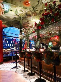 Interior Decorating, Apartments Decorating, Decorating Bedrooms, Decorating Ideas, Decor Ideas, Restaurant Design, Restaurant Bar, Noodle Bar, Ruby Rose