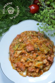 Bigos z młodej kapusty - KulinarnePrzeboje.pl Polish Recipes, Polish Food, Fabulous Foods, Chana Masala, Nom Nom, Curry, Veggies, Food And Drink, Cooking Recipes