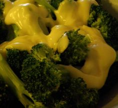 Sandra's vibrant 5-minute steamed broccoli with a homemade cheddar cheese sauce recipe...it's easy!!