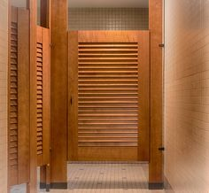 Ironwood Manufacturing Toilet Parions And Louvered Bathroom Doors With Powder Coated Hardware Clean Traditional