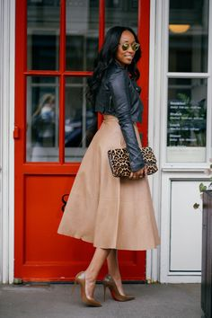 """""""There is nothing chicer than a classic nude pump that perfectly matches your skin tone."""" - @ShionaT @Bergdorfs"""