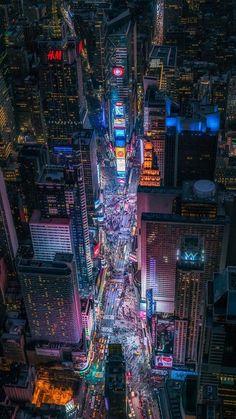 Beautiful scenery wallpaper oh God New York Wallpaper, Neon Wallpaper, Anime Scenery Wallpaper, Future Wallpaper, Cyberpunk City, Futuristic City, Aesthetic Japan, City Aesthetic, City Art