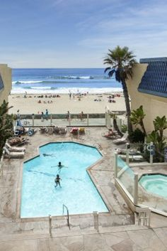 Located steps from the beach, our oceanfront hotel in San Diego offers bright & beachy guest rooms, free Wi-Fi, and an oceanfront pool and sundeck. Book your stay direct at Blue Sea Beach Hotel today! Pacific Beach San Diego, San Diego Beach, Uk And Ie Destinations, San Diego Hotels, Photo Checks, Classic Italian, Best Memories, Taking Pictures, Vacation