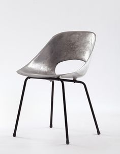 1stdibs | Aluminum Tulipe Chair by Pierre Guariche
