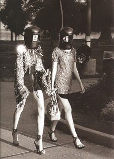 """Vogue Italia, February 2007 - """"Tomorrow Vision"""" - Photographed by Peter Lindbergh. Peter Lindbergh, Vintage Photography, White Photography, Fashion Photography, Old Photos, Vintage Photos, Dance Hip Hop, Space Fashion, Fashion Top"""