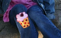 Cupcake iron-on patch. To jazz up your girl's jeans in a yummy way.