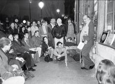 Photos: George Plimpton, Lawrence Ferlinghetti, and Zadie Smith at Shakespeare and Company in Paris George Plimpton, Lawrence Ferlinghetti, Zadie Smith, Shakespeare And Company, Vanity Fair, Photographs, Photos, Writers, Culture