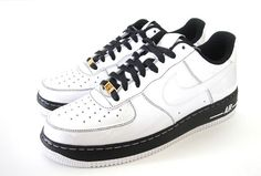 Google Image Result for http://www.eukicks.com/wp-content/uploads/2007/07/nike-air-force-1-id-x-methamphibian.jpg