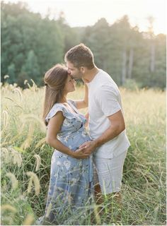 Maternity Photography by Sawyer Baird and featured on The Fount Collective, a lifestyle community and publication devoted to the art of being a Outdoor Maternity Photos, Maternity Photography Outdoors, Maternity Poses, Maternity Portraits, Maternity Pictures, Family Maternity Photos, Couple Pregnancy Photoshoot, Poses Photo, Pregnant Couple