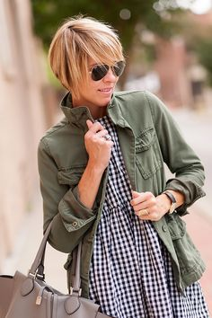 Military meets gingham: short hair with long layers