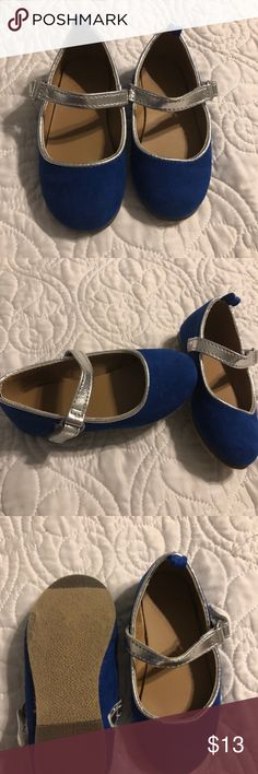 🎀Gymboree Baby Girl Blue & Silver Dress Shoes Worn once inside for a few hours, blue & silver dress shoes size 4/12-18 months, blue fabric is brushed so soft and nice!! Gymboree Shoes Dress Shoes