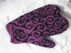 Ravelry: Doodle Mittens pattern by Suann Wentworth