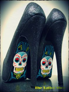 its very rare, but every once and a while you come across a pair of shoes you know will change your life. I need these.