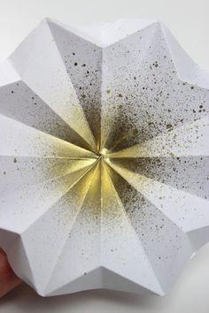 http://www.blog.bog-ide.dk/origami-julepynt/